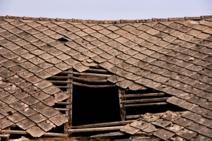 Do You Know the Signs of Roof Storm Damage? - Bauerle Roofing  Indianapolis