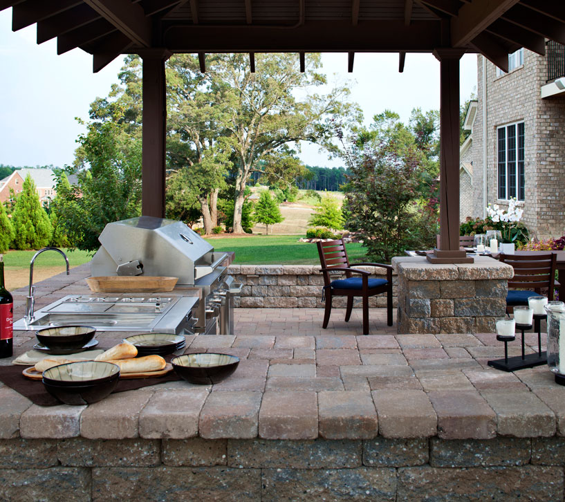 Outdoor kitchens and lighting cutting edge hardscapes outdoor kitchen outdoor kitchens and lighting aloadofball Gallery