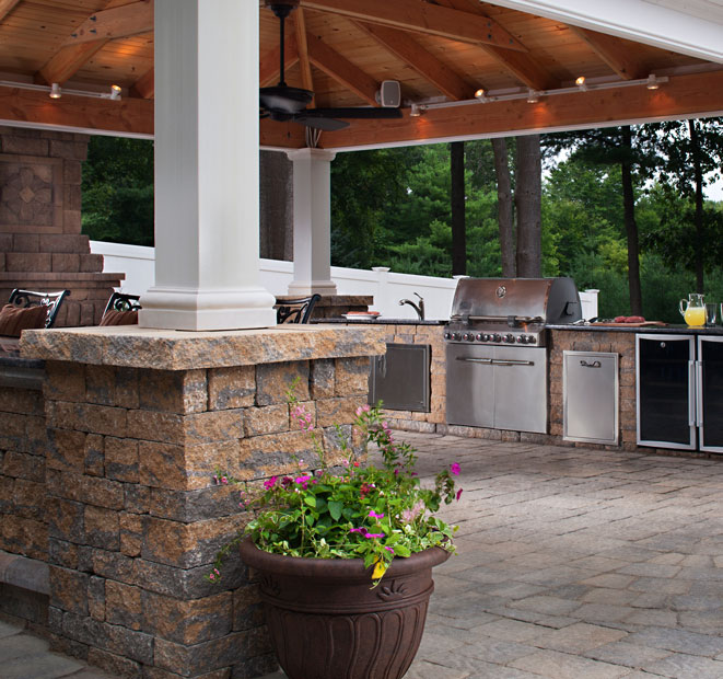 outdoor kitchens and lighting